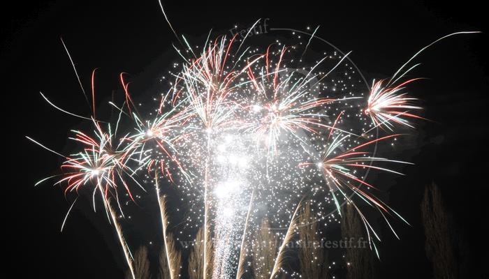 Tirer un feu d'artifice en gironde Votre Partenaire Festif